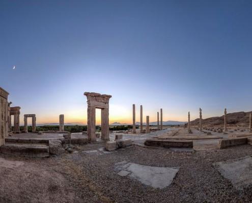 1024-perspolis-495x400 Persepolis Shiraz
