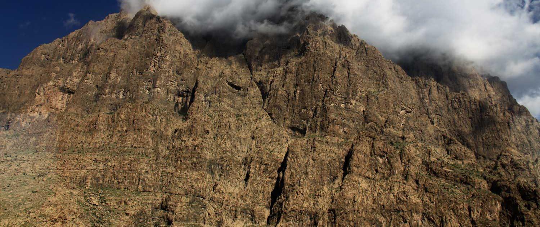 Behistun-Inscription-1500x630 Behistun Wall & Alam-Kuh Wall Rock Climbing