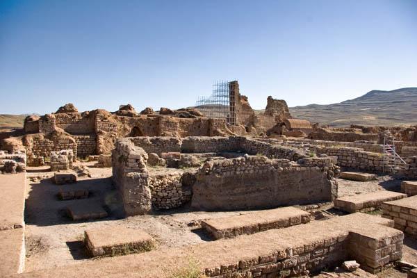 1484331530_538_irans-takht-e-soleyman-among-unesco-world-heritage-sites Iran's Takht-e Soleyman among UNESCO World Heritage Sites Urmia Prehistoric Iran