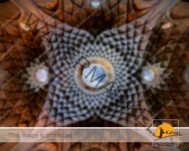 Mesmerizing Mosque Ceilings That Highlight The Wonders Of Islamic Architecture Amin ol Doleh Timche Kashan.jpg