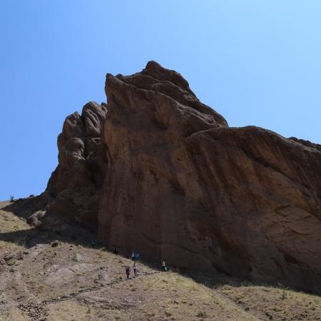 -پیاده-روی-کوهستانی-قلعه-الموت-450x450 Iran tours