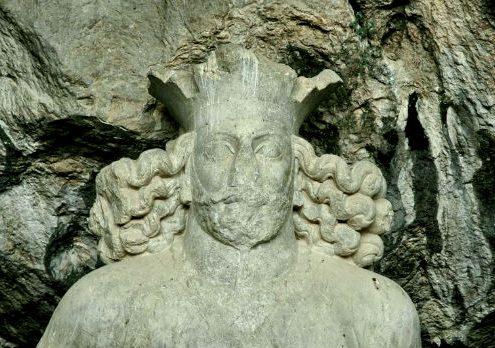 Shapur-Statue-495x348 Visit Shapur Cave and Get Hugely Surprised Shiraz Shapur Sassanid Art Sassanians Iran Empire Iran Cave