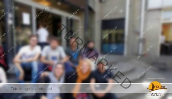 young-tourists-who-travels-to-iran-and-locate-in-cheap-hostels Young tourists who travels to Iran and locate in cheap hostels Young travels tourists locate Iran hostels cheap
