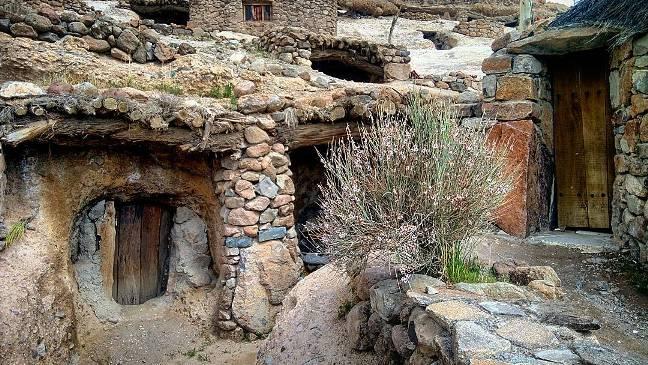 1502956443_25_amazing-12000-year-old-meymand-village-iran-travel-trip-to-iran Amazing 12,000-year-old, Meymand Village - IRAN TRAVEL | TRIP TO IRAN village TRIP Travel Meymand Iran amazing 12000yearold